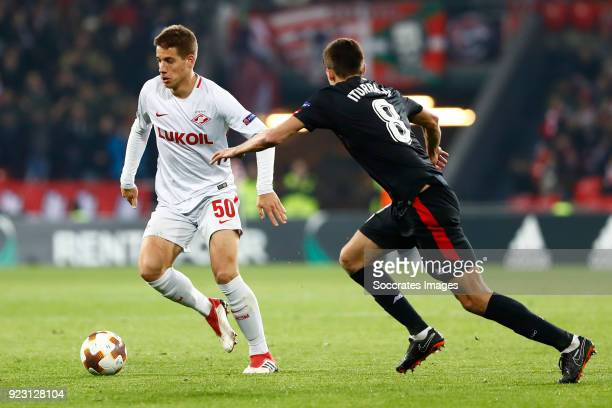 Mario Pasalic of Spartak Moscow Ander Iturraspe of Athletic Bilbao during the UEFA Europa League match between Athletic de Bilbao v Spartak Moscow at...