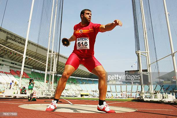 Mario Pestano of Spain competes during the Men's Discus Throw qualifications on day two of the 11th IAAF World Athletics Championships on August 26...