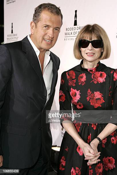 Mario Testino and Anna Wintour during Herb Ritts and Mario Testino Receive Rodeo Drive Walk of Style Award Red Carpet at Rodeo Drive in Beverly Hills...