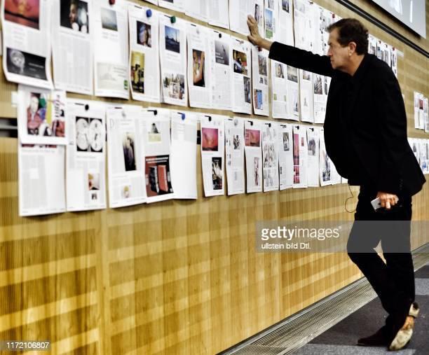 Mario Testino bei der Welt am Sonntag - mit Jan Eric Peters Beat Balzli Inga Griese Philip Cassier Stefan A. Runne Maud Radtke Marie-Luise Müller...