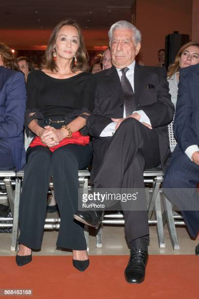 Mario Vargas Llosa and Isabel Preysler during the celebration of the 25th Anniversary of the ThyssenBornemisza National Museum in Madrid Spain on 30...