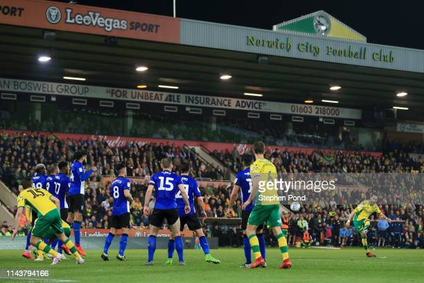 Mario Vrancic of Norwich City scores his sides second goal from a free kick during the Sky Bet Championship match between Norwich City and Sheffield...