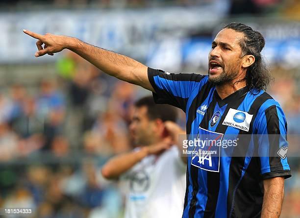 Mario Yepes of Atalanta BC gestures during the Serie A match between Atalanta BC and ACF Fiorentina at Stadio Atleti Azzurri d'Italia on September 22...