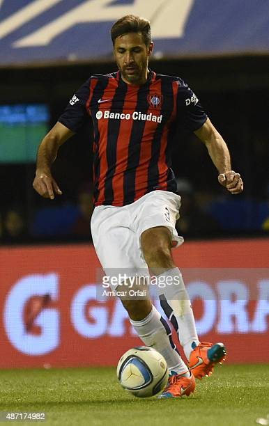 Mario Yepes of San Lorenzo controls the ball during a match between Boca Juniors and San Lorenzo as part of 23rd round of Torneo Primera Division...