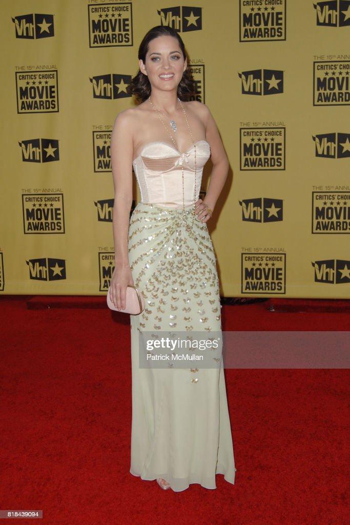 Marion Cotillard attends 2010 Critics Choice Awards at The Palladium on January 15, 2010 in Hollywood, California.