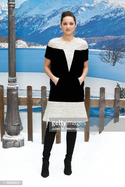 Marion Cotillard attends the Chanel show as part of the Paris Fashion Week Womenswear Fall/Winter 2019/2020 on March 05, 2019 in Paris, France.