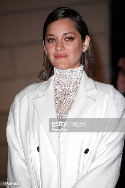 Marion Cotillard attends the Foundation Louis Vuitton Opening at Foundation Louis Vuitton on October 20, 2014 in Boulogne-Billancourt, France.