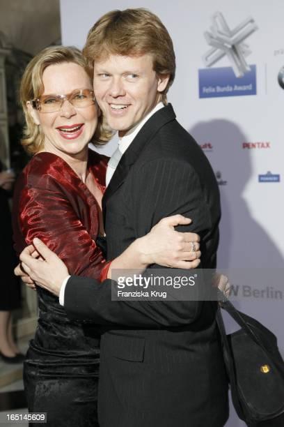 Marion Kracht Und Ehemann Berthold Manns Bei Der Verleihung Des Felix Burda Awards Im Hotel Adlon Kempinski In Berlin