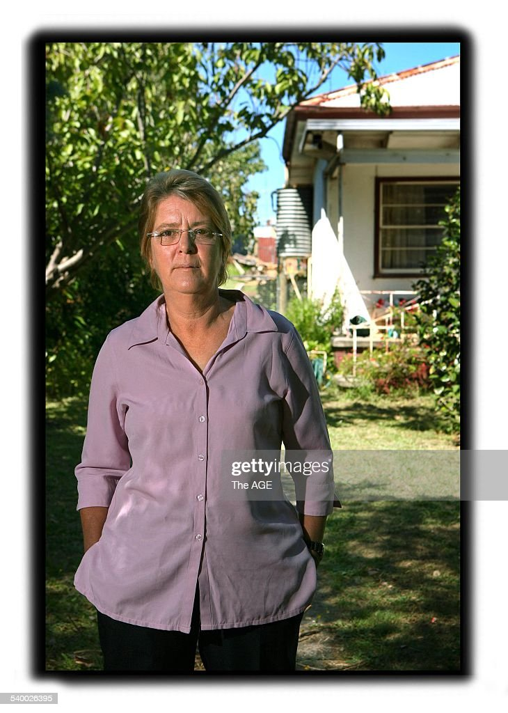 Marion Wishart, formerly Clarke, mother of Bonnie Clark at home in Wonthaggi. : News Photo