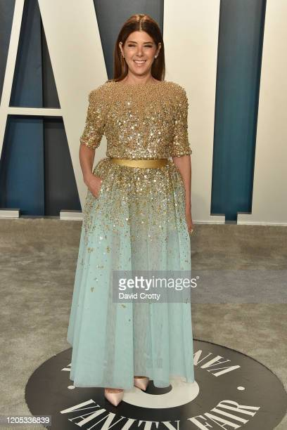 Marisa Tomei attends the 2020 Vanity Fair Oscar Party at Wallis Annenberg Center for the Performing Arts on February 09, 2020 in Beverly Hills,...