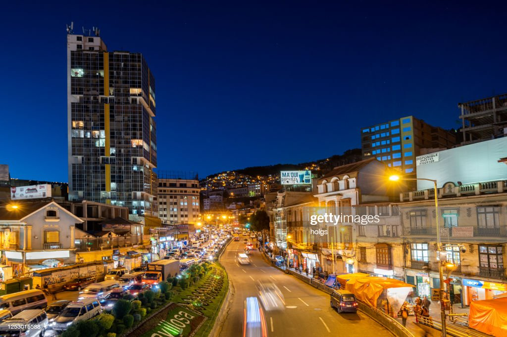 Mariscal Santa Cruz Avenue In The Downtown Area Of La Paz City Near San Francisco Church Bolivia High Res Stock Photo Getty Images