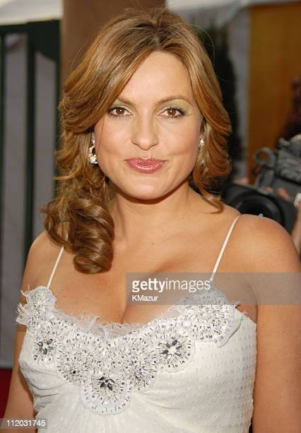 Mariska Hargitay 10618_km0684JPG during TNT Broadcasts 12th Annual Screen Actors Guild Awards Red Carpet at Shrine Expo Hall in Los Angeles...