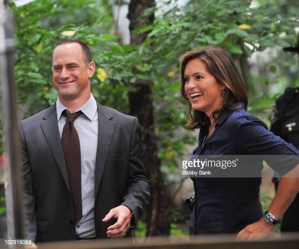 COVERAGE*** Mariska Hargitay and Christopher Meloni first day filming on location for Law Order SVU 12th season on the streets of Manhattan on July...