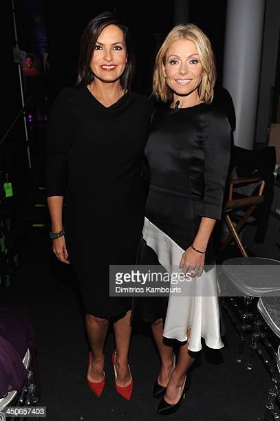 Mariska Hargitay and Kelly Ripa attend 2013 CNN Heroes An All Star Tribute at The American Museum of Natural History on November 19 2013 in New York...