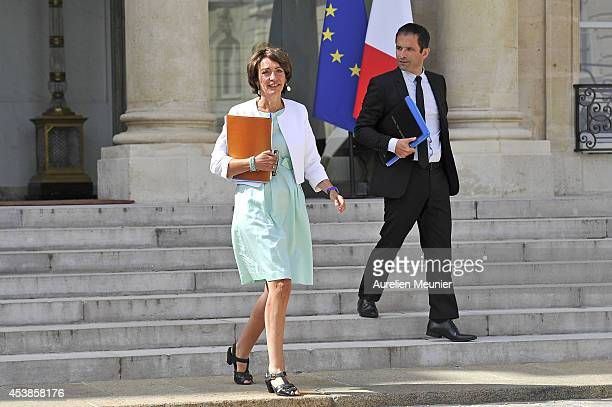 Marisol Touraine Minister of Social Affairs and Benoit Hamon Minister of National Education Higher Education and Research attend a cabinet meeting at...