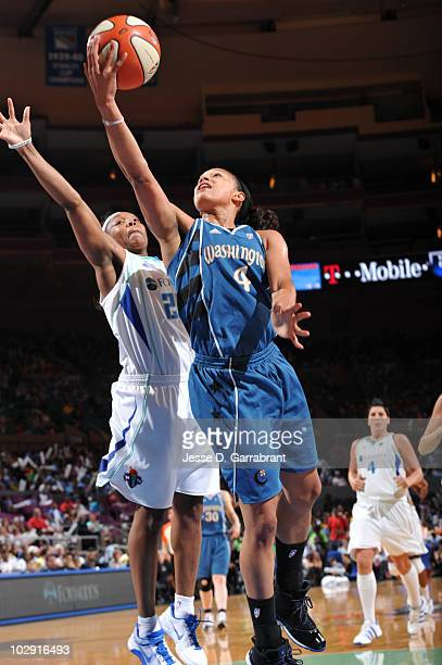 Marissa Coleman of the Washington Mystics shoots against Cappie Pondexter of the New York Liberty on July 15 2010 at Madison Square Garden in New...