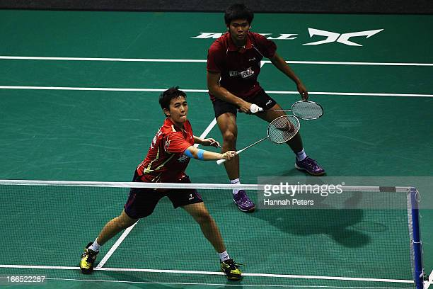 Marissa Vita and Jordan Praveen of Indonesia play a shot during the New Zealand Badminton Open Mixed Doubles final match between Widianto Riky and...