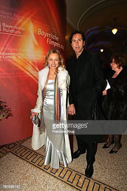 Marita Marschall Und Ehemann Bei Verleihung Des Bayrischen Filmpreis Im Prinzregententheater In München Am 140105 .