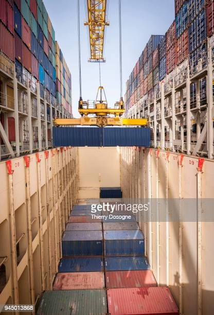 maritime freight - porto comercial - fotografias e filmes do acervo