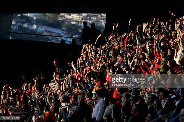 Maritimo fans prior to the beginning of the match against SL Benfica during the Portuguese Primeira Liga at Estadio dos Barreiros on May 8 2016 in...