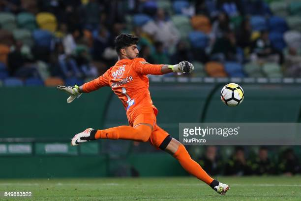 Maritimo's goalkeeper Amir Abedzadeh from Iran during the Portuguese Cup 2017/18 match between Sporting CP v CS Maritimo at Alvalade Stadium in...