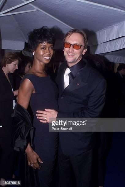 Marius MüllerWesternhagen Ehefrau Romney Williams Verleihung vom Deutschen Filmpreis 2001 Berlin