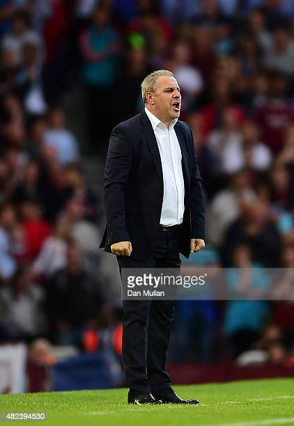 Marius Sumudica Manager of Astra Giurgiu reacts during the UEFA Europa League third qualifying round match between West Ham United and Astra Giurgiu...