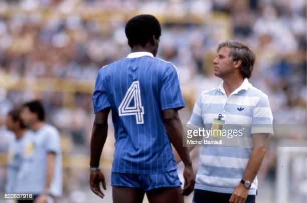 Marius TRESOR / Michel HIDALGO Koweit / France Coupe du Monde 1982 Stade Jose Zorrilla Valladolid
