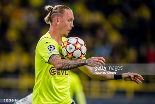 Marius Wolf of Borussia Dortmund in action during the Champions League Group C match between Borussia Dortmund and Sporting Lissabon at the Signal...