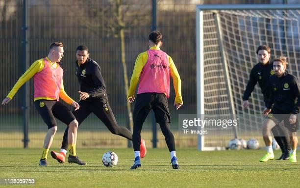 Marius Wolf of Borussia Dortmund Manuel Akanji of Borussia Dortmund Leonardo Balerdi of Borussia Dortmund assistant coach Edin Terzic of Borussia...