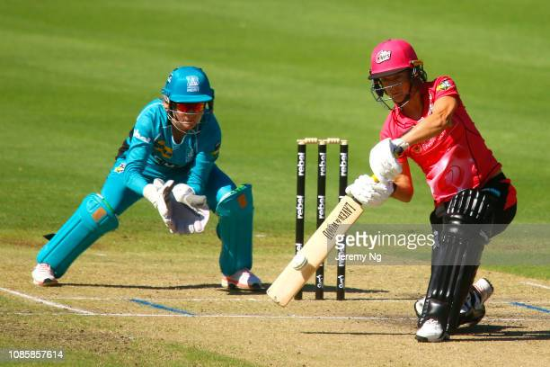 Marizanne Kapp of the Sixers bats during the Women's Big Bash League match between the Sydney Sixers and the Brisbane Heat at Hurstville Oval on...