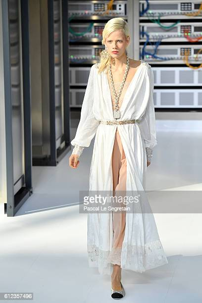 Marjan Jonkman walks the runway during the Chanel show as part of the Paris Fashion Week Womenswear Spring/Summer 2017 on October 4, 2016 in Paris,...