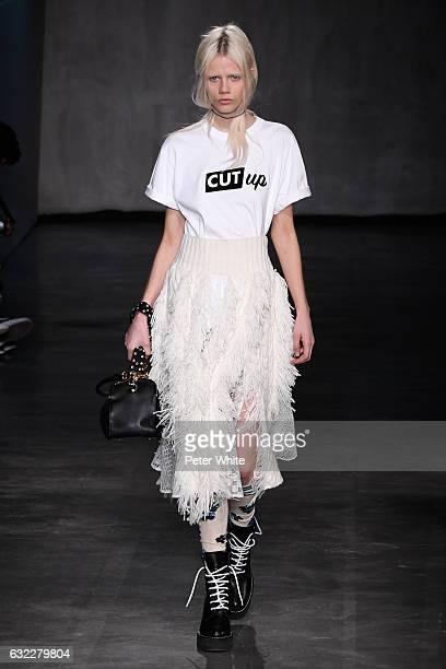 Marjan Jonkman walks the runway during the Sacai Menswear Fall/Winter 2017-2018 show as part of Paris Fashion Week on January 21, 2017 in Paris,...