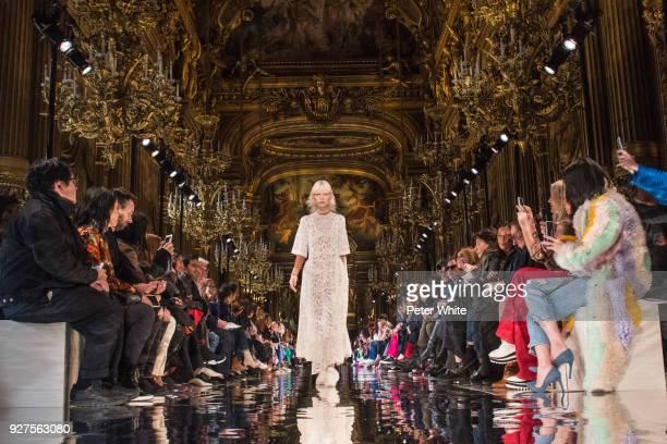 Marjan Jonkman walks the runway during the Stella McCartney show as part of the Paris Fashion Week Womenswear Fall/Winter 2018/2019 on March 5, 2018...