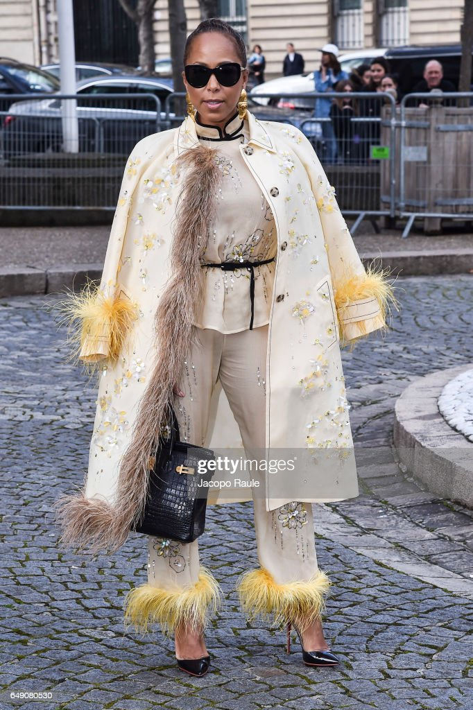 Marjorie Bridges-Woods is seen arriving at Miu Miu fashion show during the Paris Fashion Week Womenswear Fall/Winter 2017/2018 on March 7, 2017 in Paris, France.