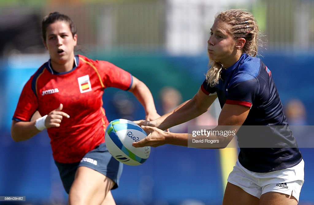 Marjorie Mayans of France passes the ball during a Women's Pool B rugby match between France and Spain on Day 1 of the Rio 2016 Olympic Games at Deodoro Stadium on August 6, 2016 in Rio de Janeiro, Brazil.