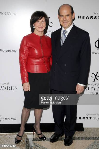 Marjorie Rosen and Jeffrey Rosen attend INTERNATIONAL CENTER OF PHOTOGRAPHY's 25th Annual INFINITY AWARDS at Pier 60 on May 12 2009 in New York