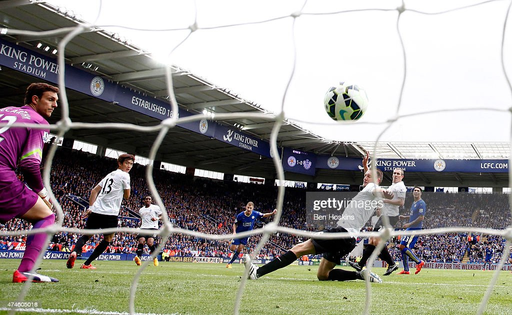 Mark Albrighton (C) of Leicester scores his team's second goal of the game during the Premier League match between Leicester City and Queens Park Rangers at The King Power Stadium on May 24, 2015 in Leicester, England.