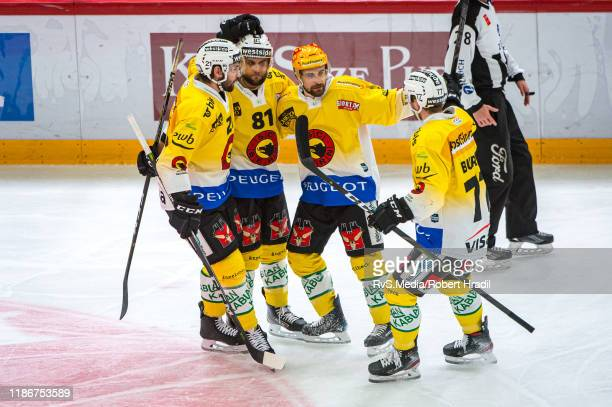 Mark Arcobello of SC Bern celebrates his goal with teammates during the Swiss National League game between Lausanne HC and SC Bern at Vaudoise Arena...