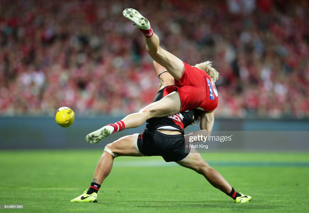Mark Baguley of the Bombers competes for the ball against Isaac Heeney of the Swans during the AFL Second Elimination Final match between the Sydney Swans and the Essendon Bombers at Sydney Cricket Ground on September 9, 2017 in Sydney, Australia.