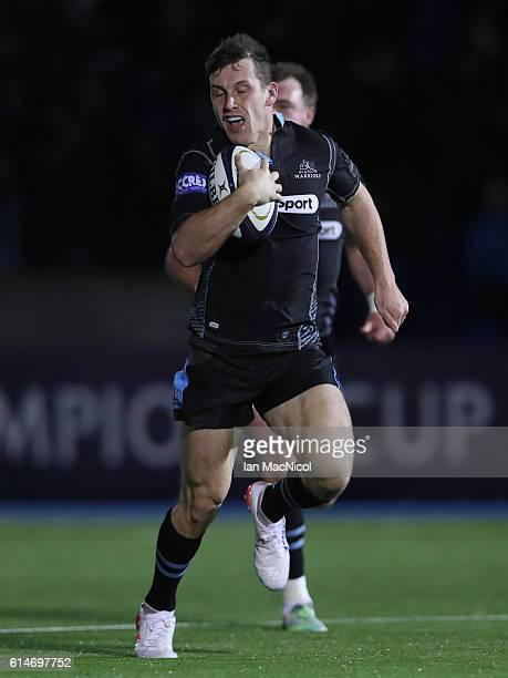Mark Bennet of Glasgow runs in his first try during the European Rugby Champions Cup match between Glasgow Warriors and Leicester Tigers at Scotstoun...