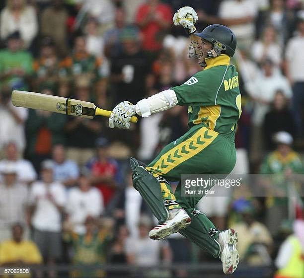 Mark Boucher of South Africa celebrates the winning runs during the fifth One Day International between South Africa and Australia played at...