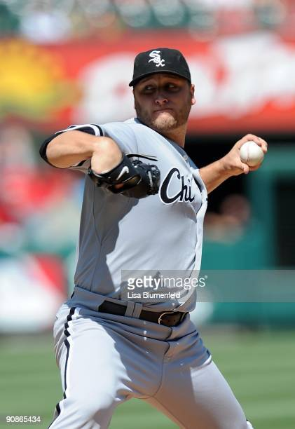 Mark Buehrle of the Chicago White Sox pitches against the Los Angeles Angels of Anaheim at Angel Stadium of Anaheim on September 13 2009 in Anaheim...