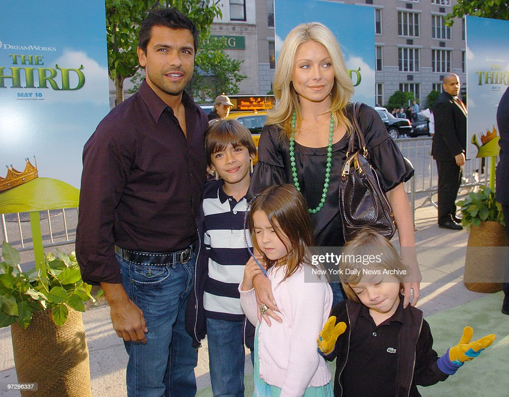 Michael Joseph Consuelos Pictures and Photos - Getty Images