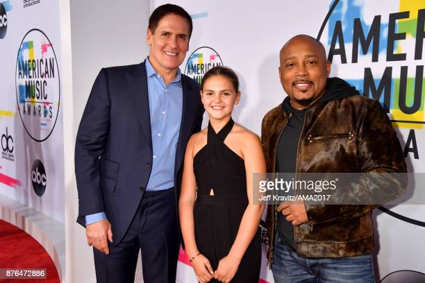 Mark Cuban Alyssa Cuban and Daymond John attend the 2017 American Music Awards at Microsoft Theater on November 19 2017 in Los Angeles California