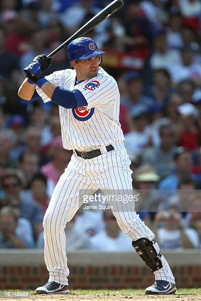 Mark DeRosa of the Chicago Cubs bats against the San Francisco Giants at Wrigley Field on July 19 2007 in Chicago Illinois The Cubs won 98