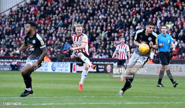 Mark Duffy of Sheffield United shoots at goal during the Sky Bet Championship match between Sheffield United and Reading at Bramall Lane on February...