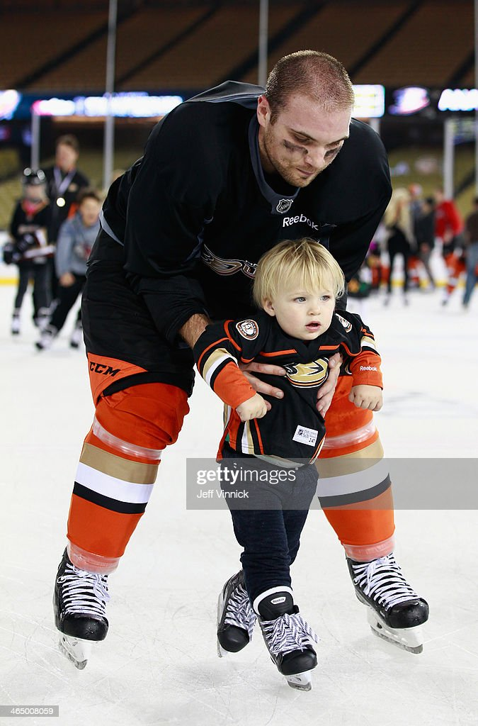 2014 NHL Stadium Series - Los Angeles - Practice Sessions And Family Skate