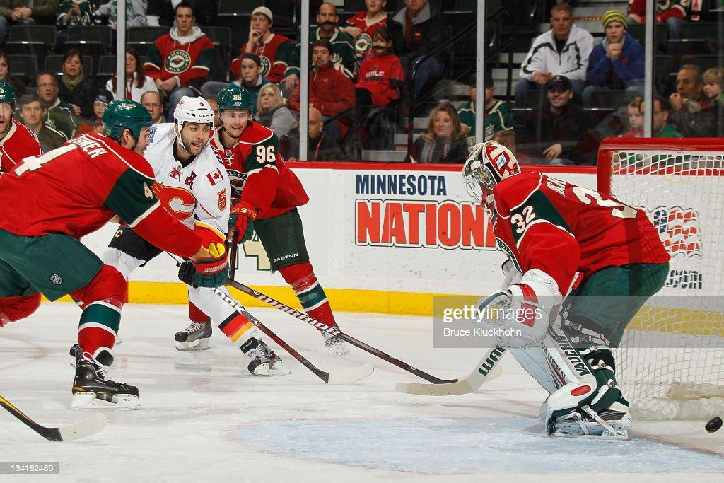 Calgary Flames v Minnesota Wild