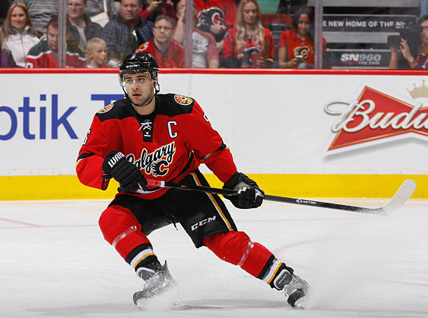 New Jersey Devils v Calgary Flames Photos and Images  aef0c388f